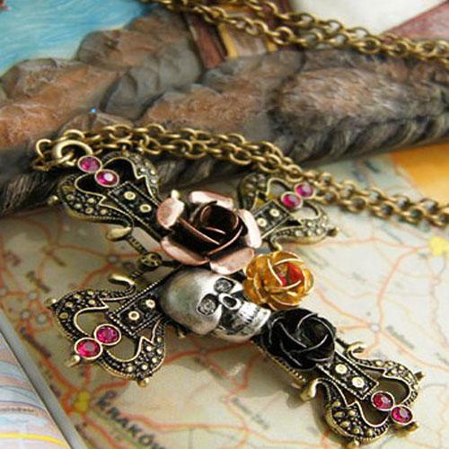 collier gothique